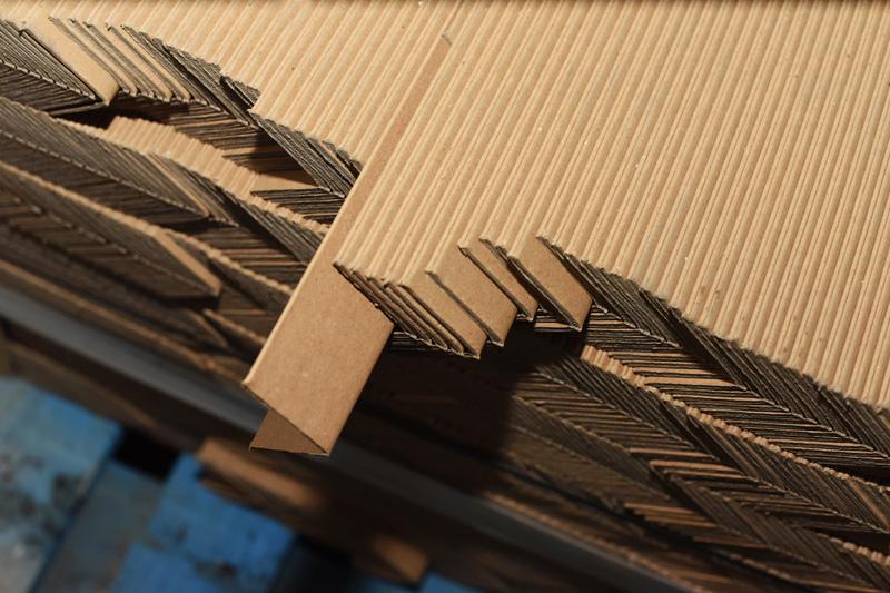 Papírové ochranné hrany | Nadobal